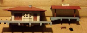 Gilbert American Flyer HO Gauge Passenger & Wayside  Station Set #35701 NIB