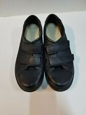 Ecco D25 Women's Size 10 (fits 9.5) Black Walking Shoes with Velcro Closures