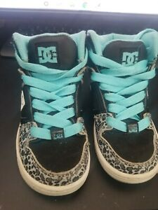 DC shoes toddler. Black with leopard trimming. Size 11 toddler
