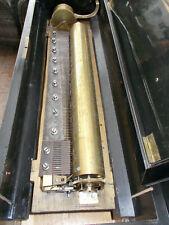 Sehr frühe Schweizer Walzenspieldose, ca 1870, mit versteckten Glocken, Trommel