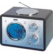 Tragbare Radios mit Analoganzeige und MW/UKW-Retro