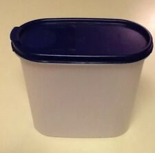 TUPPERWARE Modular Mates Cereal Keeper 1613 w/blue Pour Lid