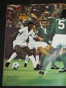 FOOTBALL SOCCER POSTER NEW YORK COSMOS v SANTOS BRAZIL 1975-77
