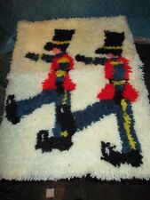 Vtg Mid Century Latch Hook Rug Wall SOLDIERS DECOR COMPLETED HOOKED