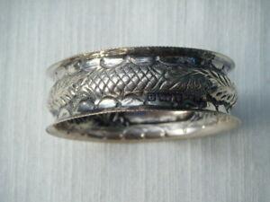 Antique solid silver serviette ring lovely decoration Hallmarked B'ham 1904.