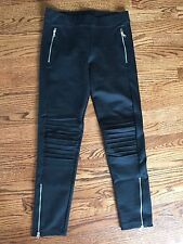 EUC ladies Gap Black dressy leggings decorative stitching zippers Medium M pants