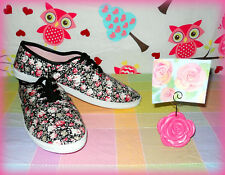 BOBBIE BROOKS WOMEN'S 10 BLACK CANVAS ROSES SNEAKERS + ROSE PICTURE HOLDER