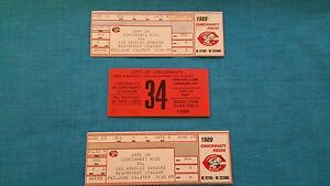 "CINCINNATI  REDS       ""2  UNUSED  TICKETS  +  PARKING  PASS""     JUNE 23,  1989"