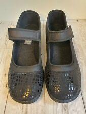 Ladies Slip On Mary Jane Shoes Black Size 7 BNIB