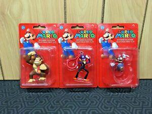 (3) Super Mario Keychain Collection Mini-Figures: Donkey Kong, Waluigi, Mario