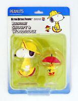 Medicom UDF-377 Ultra Detail Figure Peanuts Rain Coat Snoopy & Woodstock