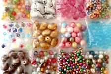 12  Packs of assorted plastic/acrylic beads good mix for making bracelet 12bs005