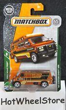 2018 Matchbox  '95 Custom Chevy Van   Card #102    Road Trip #26     MB11-081918