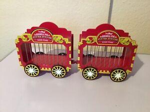 2  Haypigs Guinea pig Circus wheek wagon hay holder please read description