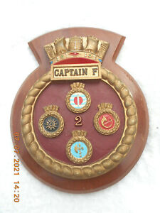 CAPTAIN F  NAVAL WALL PLAQUE/ CREST (CONTAINING BRILLIANT, BROADSWORD, BATTLEAXE