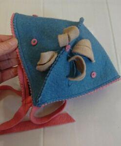 Vintage blue & pink felt lovely unusual childrens hat, would fit large doll.