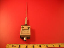 Omron D4CC-9144-51 Limit Switch Whisker Antenna 1a 30v 4-Pin D4CC 9144 51 Nnb