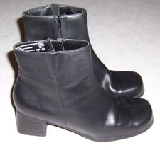 "PREDICTIONS Womens Size 8.5M Black Leather Fashion Ankle Boots 2 1/4"" Heels EUC"