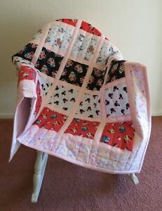 """Handmade Throw Size Quilt Patchwork Minnie/Mickey Mouse Pink 44"""" X 50"""""""