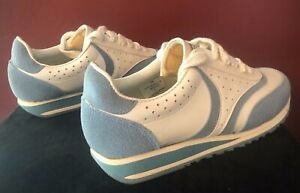 Vintage early 80s Turf Athletic Womens Walking/Jogging Shoes Size 7 EUC