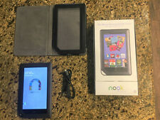 Barnes & Noble Nook BNRV200 Color 8GB, Wi-Fi, 7 inch in Box with Cover Bundled!