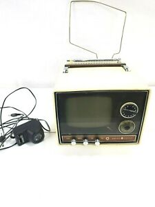 Vintage Chronograph General Electric Television  Model TR120rRVYI