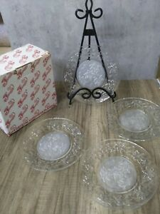 4 Princess House Fantasia 8 Inch  Luncheon Plates Frosted Center Poinsettia+BOX