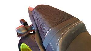 YAMAHA MT09 HYPERNAKED 18-20 TRIBOSEAT ANTI-SLIP PASSENGER SEAT COVER ACCESSORY