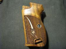 Pistol Grips for SIG P210 Walnut Chkr/Txtr w/LOGO w/BOTTOM MagRel WITH Lanyard