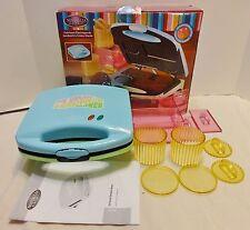Nostalgia Electronics Electric Ice Cream Sandwich Maker
