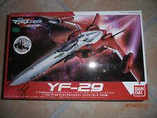 Macross Frontier 1/100 Valkyrie YF-29 Alto Custom Durandal Model Kit Bandai