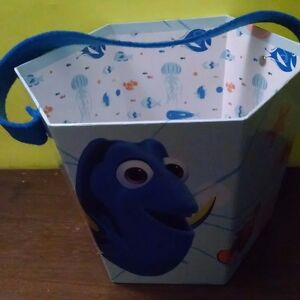 Disney Finding Dora Paperboard Bucket - For Easter or Halloween 3 yr+ New 2016