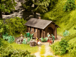 """Noch 65606 Jeu de Thème """"Forest Lodge """" H0 (1:87), Kit de Montage"""