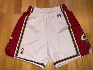 Vintage SMALL Cleveland Cavaliers CHAMPION NBA Jersey Shorts Men's Trikot X416