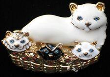 GOLD TONE BLACK WHITE ENAMEL BLUE EYE CAT KITTY KITTEN FAMILY PIN BROOCH MOVABLE