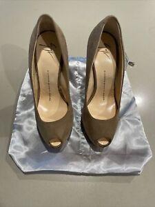 $575 Giuseppe Zanotti Vero Guoio Suede Peep Toe Pump Shoes Size 7