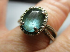 STERLING SILVER ESTATE VINTAGE BLUE TOPAZ SOLITAIRE DIAMOND ACCENT RING SIZE 7