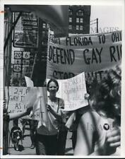 1977 Press Photo Demonstrators Rally for Gay Rights in Cleveland. - cva82830
