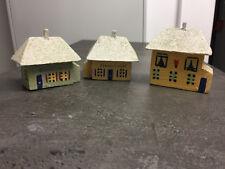 drei alte Häuser aus dem Erzgebirge aus Holz (G)392