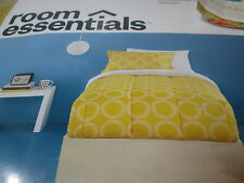 6 pcs Room Essentials Global Geo Twin Bed Set - Comforter, Sheet Set - Yellow