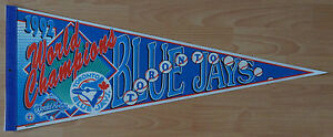 1992 MLB WORLD SERIES CHAMPIONS BASEBALL FULL SIZE PENNANT TORONTO BLUE JAYS