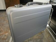 "TZ AC 66 S ALUMINUM 3"" BRIEFCASE SILVER ANODIZED COMPUTER EXECUTIVE ATTACHE CASE"