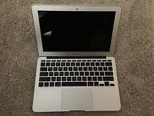 "Apple Macbook Air 11"" 2011 - 1.6GHz Core i5 - 2GB -128GB"
