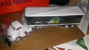 Ertl Weaver Tractor Trailer Piggy Bank, 1950 Chevy Tractor, new without box
