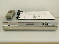 Panasonic NV-HS880 S-VHS ET Videorecorder inkl. FB & BDA, 2 Jahre Garantie