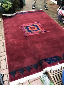 Hand-knotted Pure Wool Rug - Large - Tibetan style - Made In Nepal