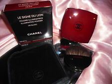 CHANEL LE SIGNE DU LION Illuminating Powder/Highlighter Or Blanc in roter Dose