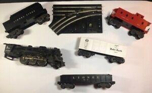 LIONEL TRAIN SET (TRACKS AND ACCESSORIES)