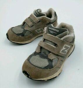 New Balance Kids Classic 990 Sneaker Gray Kids Boy's Size 9 Strap Shoes