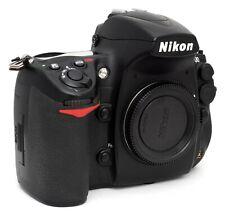Nikon D700 seulement 42100 activations Coffret avec Piles, Chargeur Etc